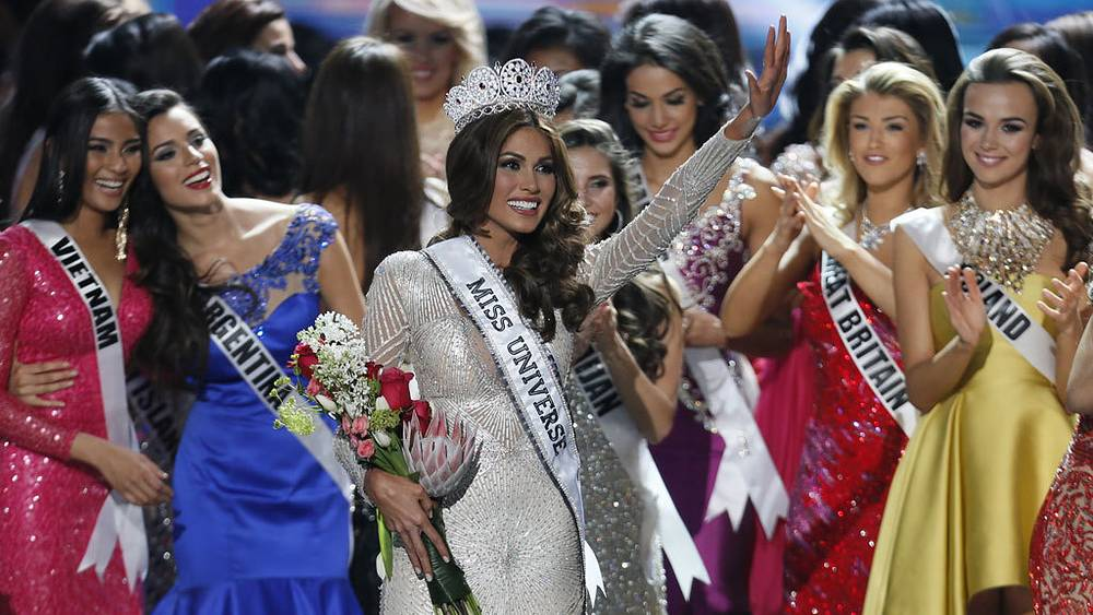 Мисс Вселенная-2013 Габриэла Ислер (Венесуэла). AP Photo/Pavel Golovkin
