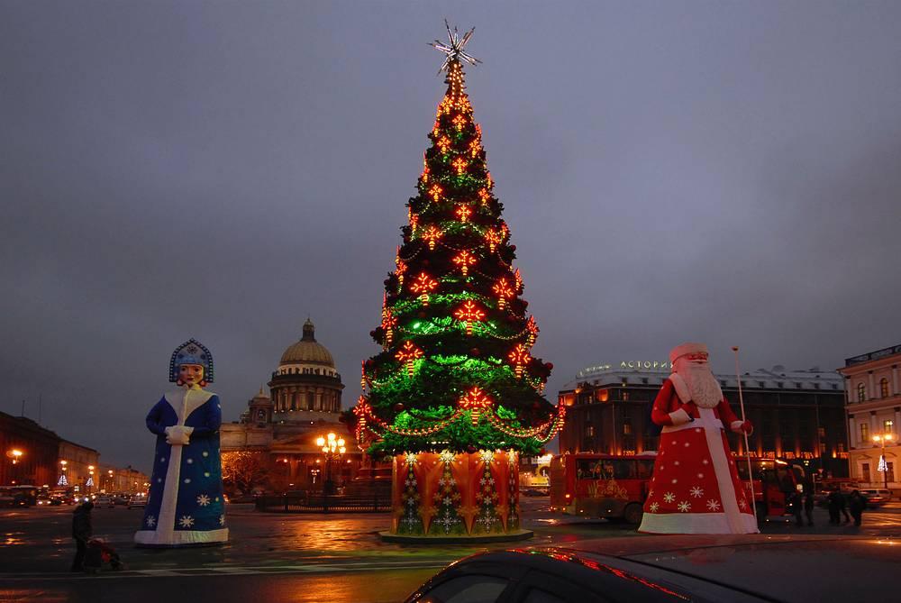 Новогодняя елка на Исаакиевской площади, 2006 год.