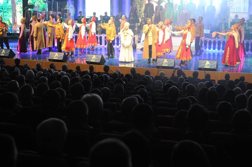 На праздновании 80-летнего юбилея Свердловской области