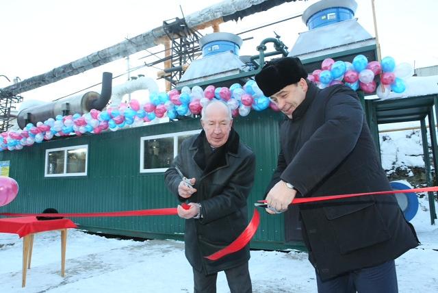 Губернатор Свердловской области на открытии Артинским заводом газовой электростанции