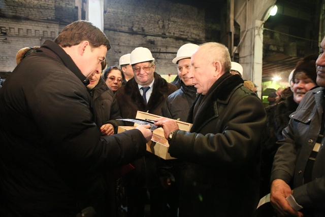 На открытии Артинским заводом газовой электростанции