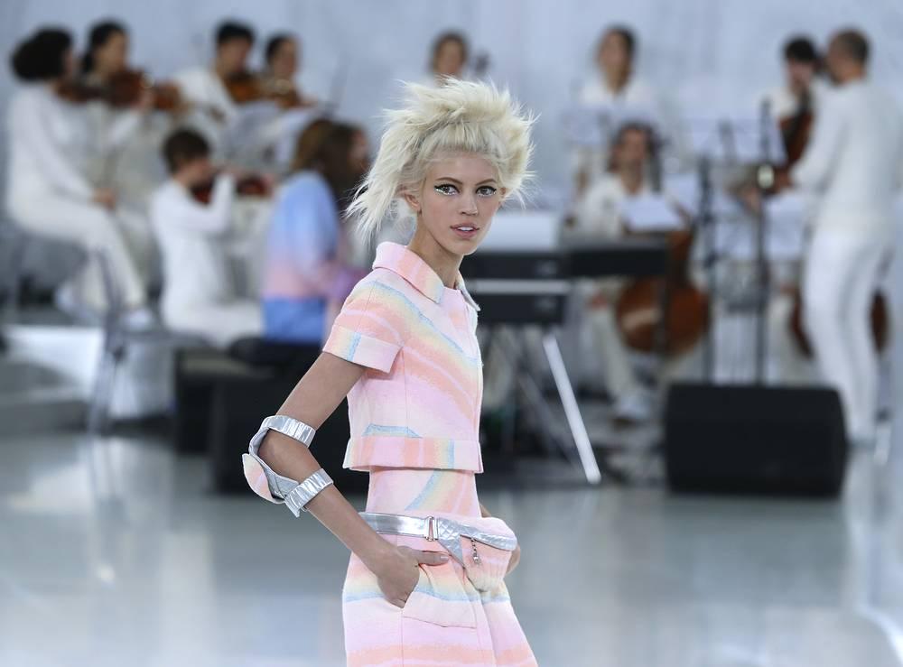 Показ коллекции дома моды Chanel