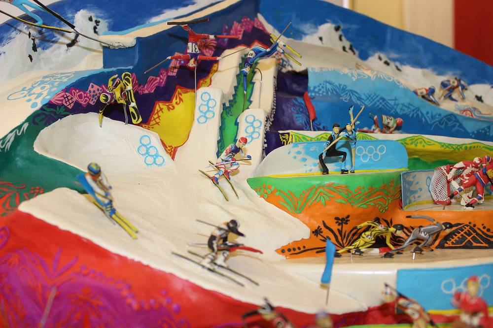 """Олимпийская диорама Александра Голедаева на выставке """"Жаркие Зимние Игры"""""""