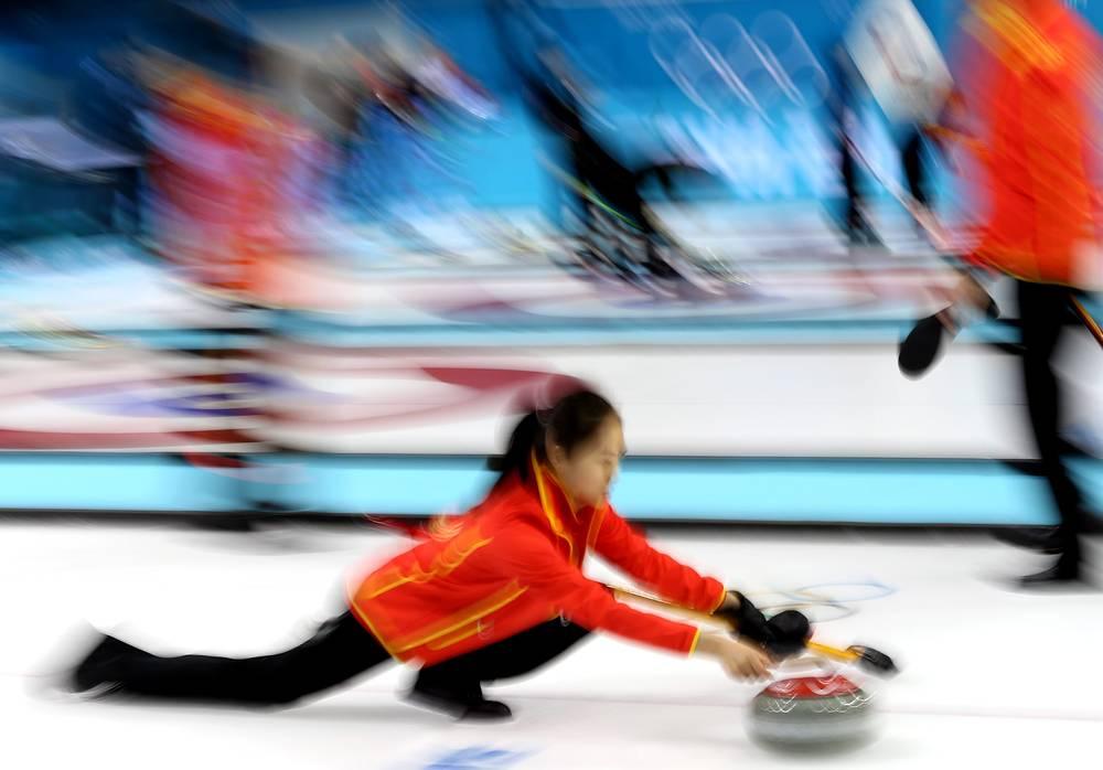 Тренировки национальных олимпийских сборных по керлингу