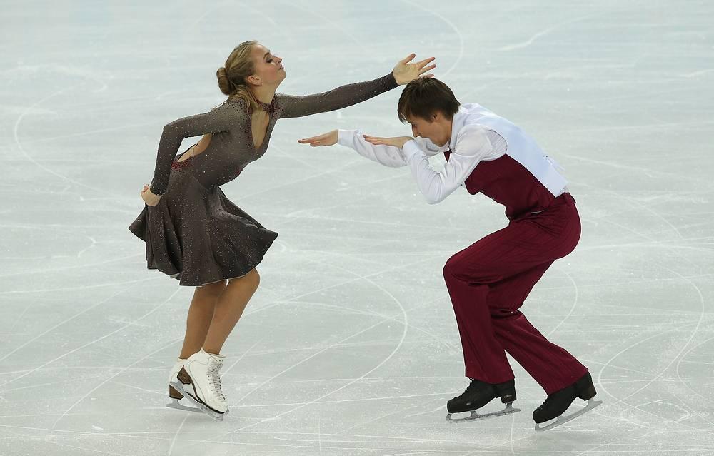 Российские спортсмены Виктория Синицина и Руслан Жиганшин (58.01)