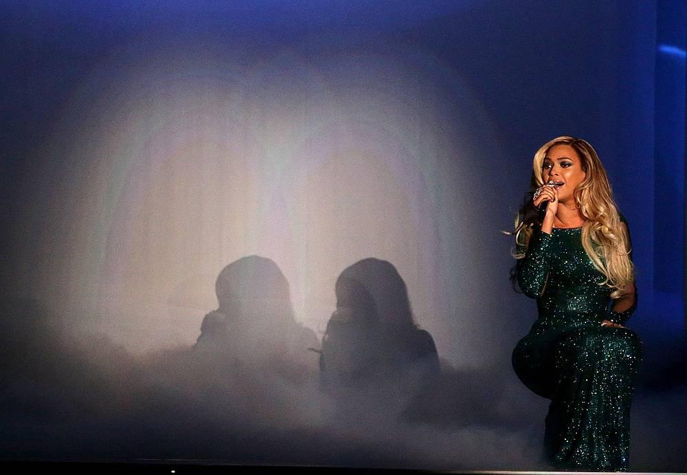 Выступление Beyonce