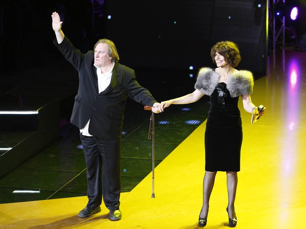 """Жерар Депардье и Фанни Ардан на фестивале """"Молодость"""", Киев, 2010 год"""