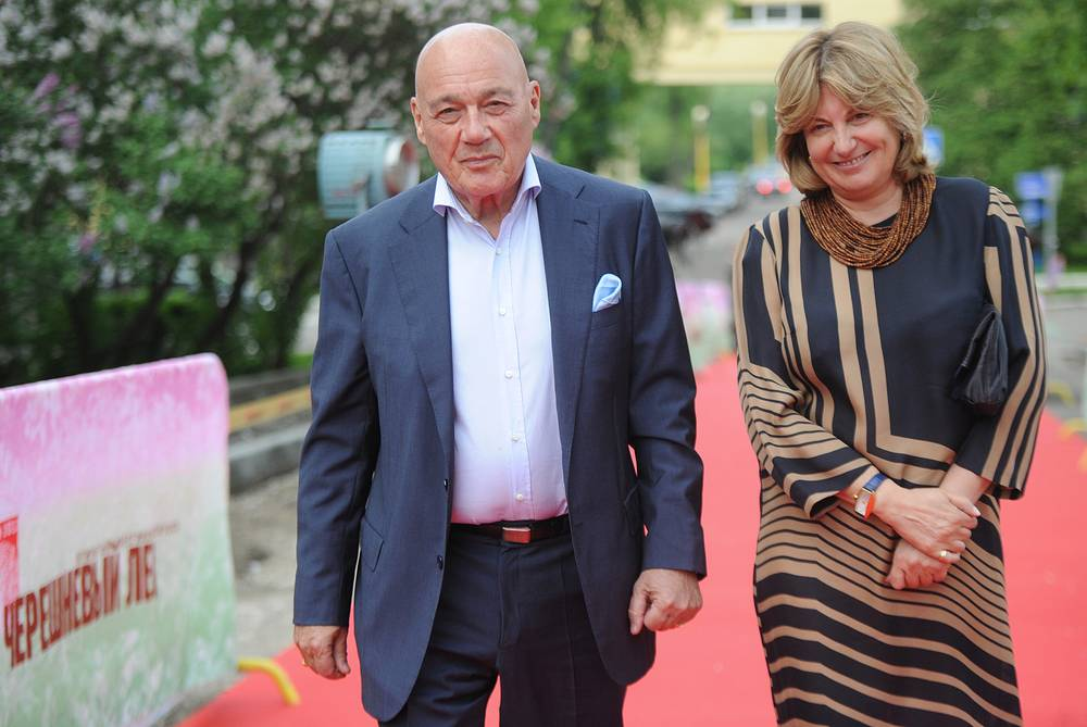 Владимир Познер с супругой Надеждой Соловьевой, 2013 год