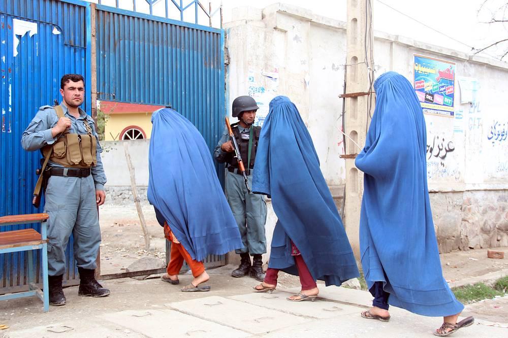 Выборы проходят в условиях беспрецедентных мер безопасности