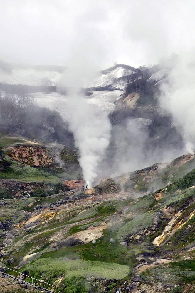 Единственное гейзерное образование в Евразии - Долина гейзеров в Кроноцком заповеднике - считается одним из крупнейших в мире