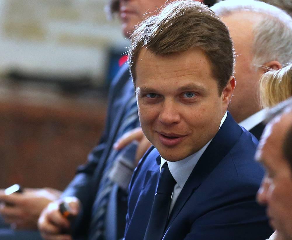 Максим Ликсутов по итогам 2013 года вновь стал самым богатым заместителем мэра Москвы. Доход главы департамента транспорта и развития дорожно-транспортной инфраструктуры составил 39,6 млн руб.