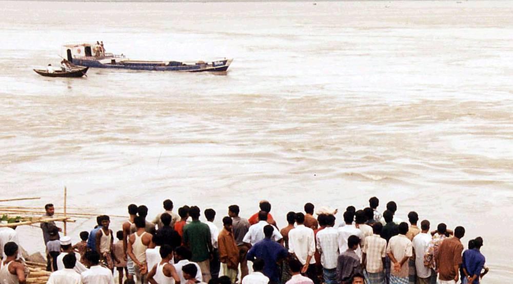 8 июля 2003 года в Бангладеш в месте слияния рек Падма, Мегхна и Дакатиа в результате перегрузки потерпел крушение паром Nasreen 2. Погибли 500 человек из 800, находившихся на борту