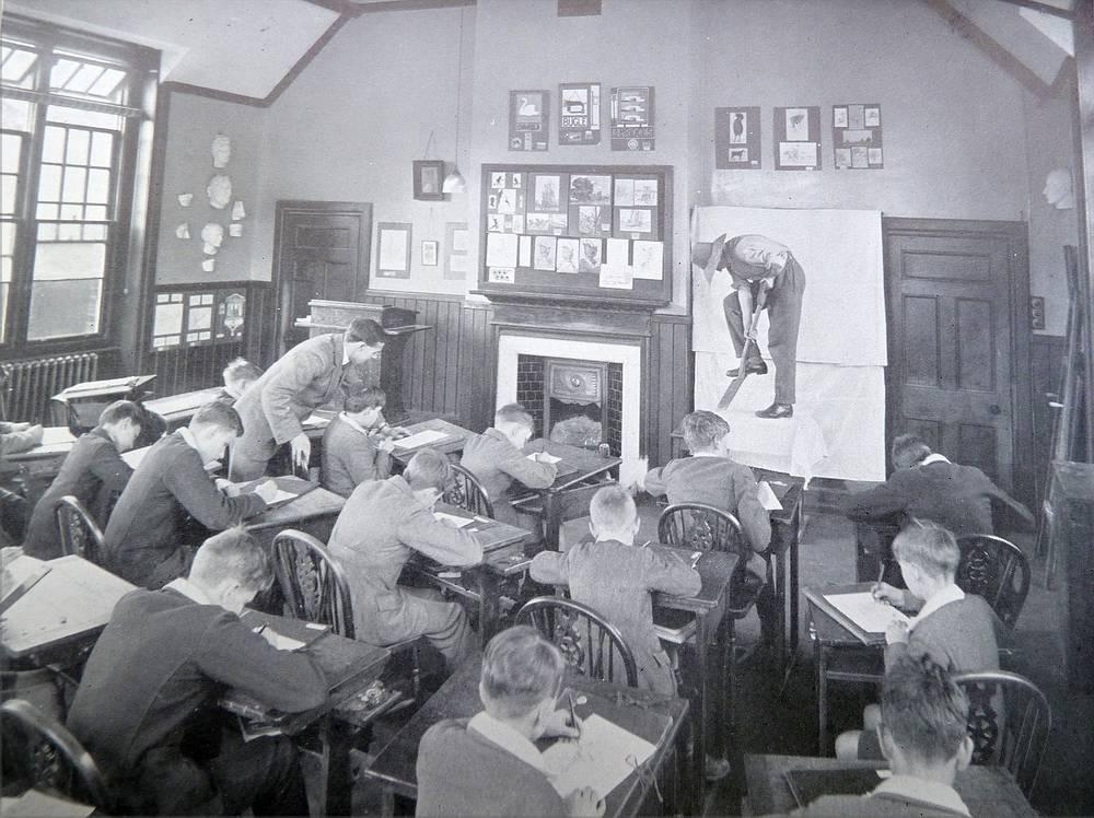 Урок в Caterham School. Великобритания. 1912 год