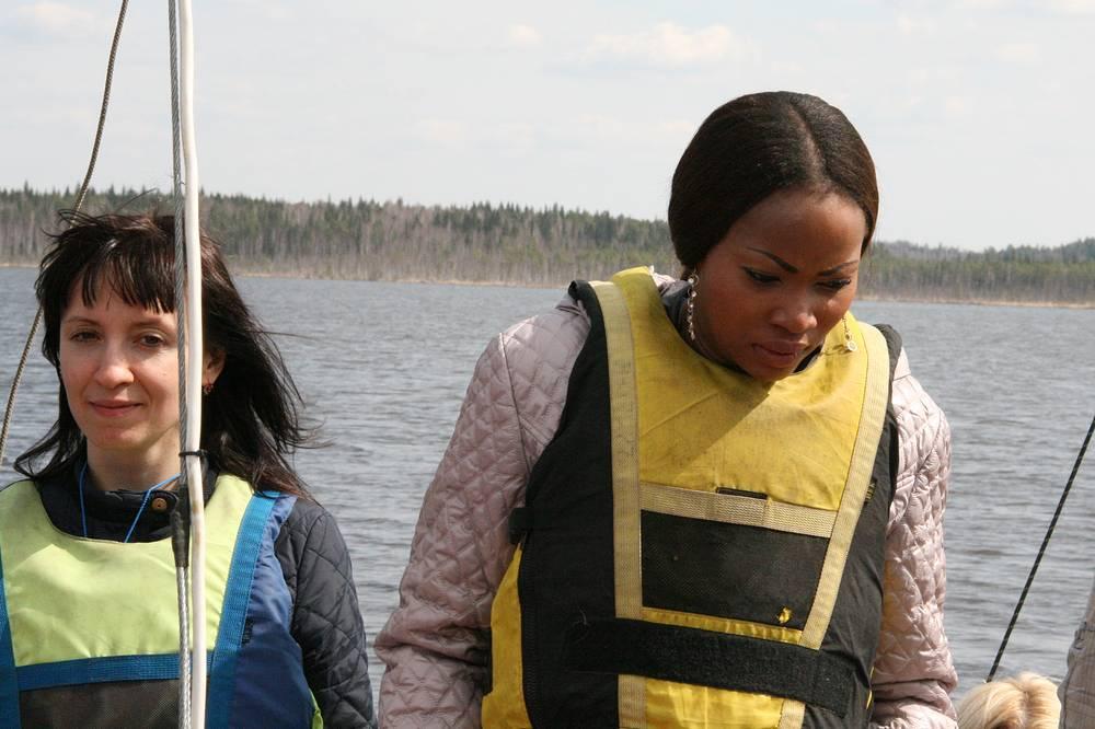 Мари родом из Нигерии, учится в Екатеринбурге на экономиста. Призналась, что ступив на борт ладьи освоилась далеко не сразу