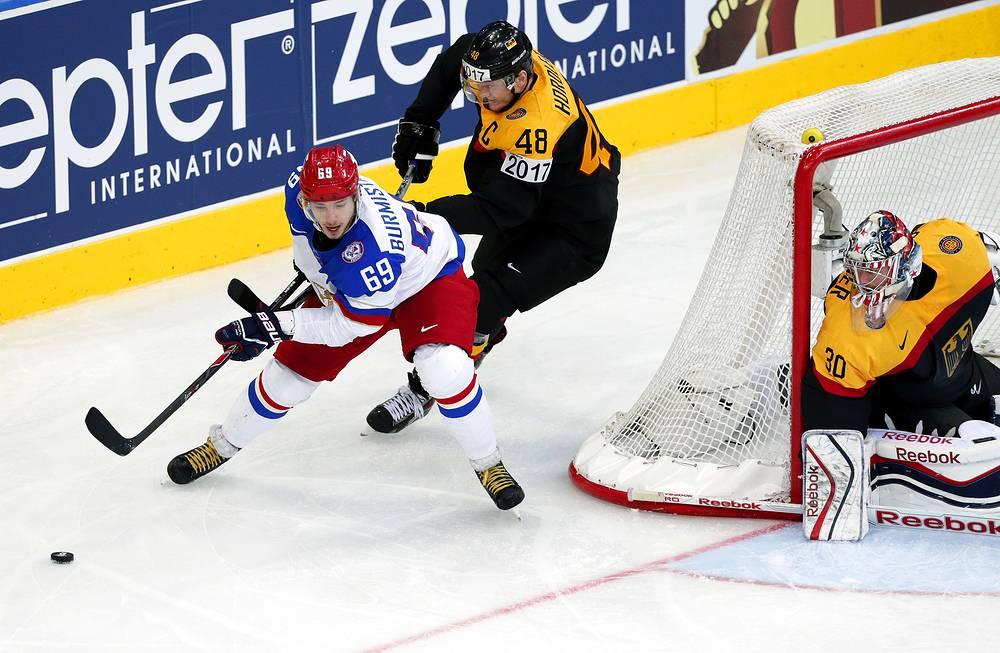 Александр Бурмистров в атаке не ворота немецкой сборной