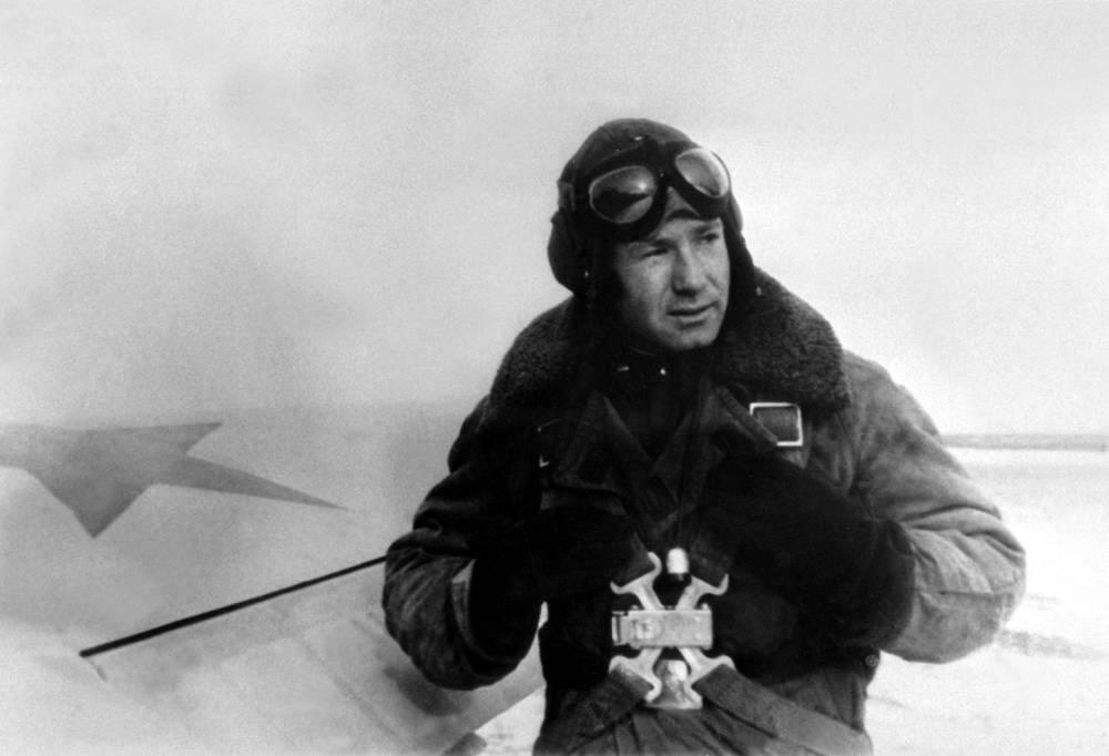 В Чугуевском авиационном истребительном училище, 1956 год