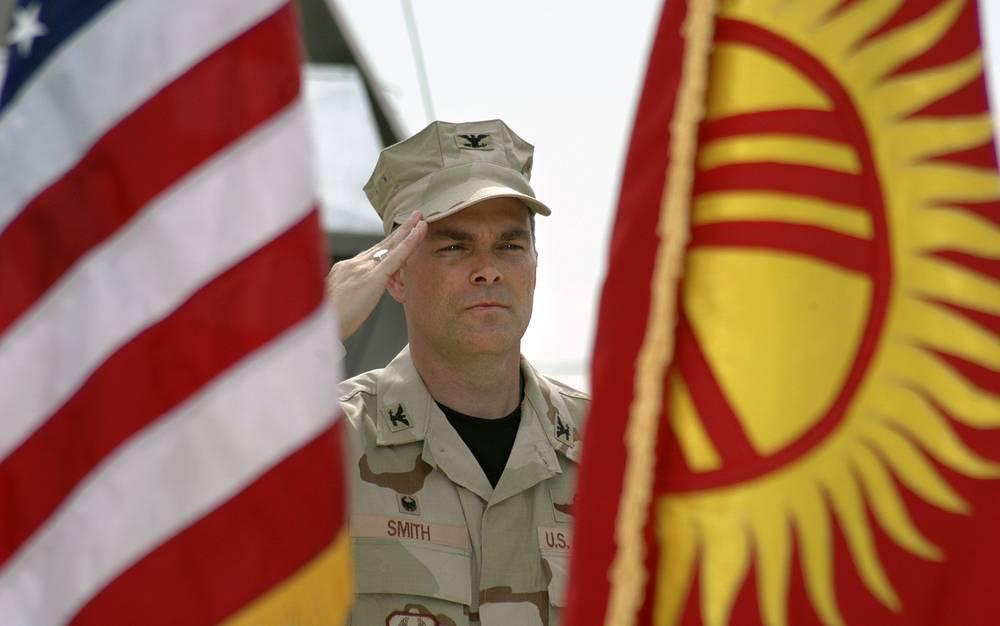 14 июля 2006 года было подписано соглашение об оказании американцами ежегодной помощи Киргизии в размере $150 млн в виде грантов и материальной помощи, включая арендную плату за Манас