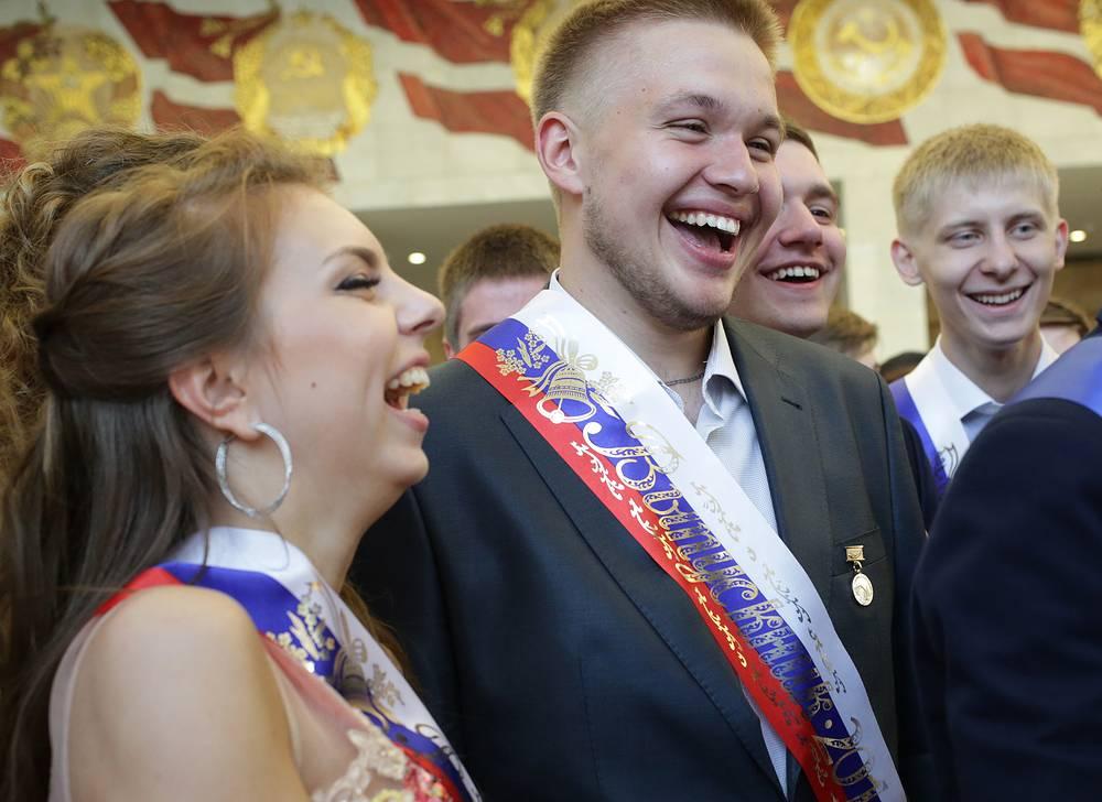 Выпускники в Государственном Кремлевском Дворце