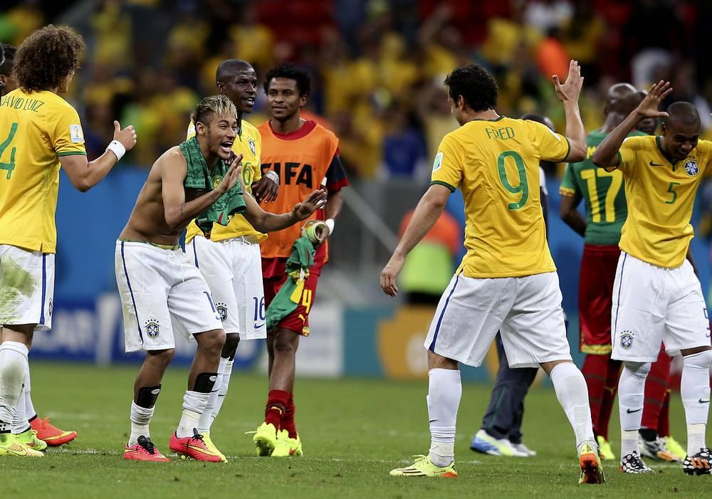 Бразильцы с первого места вышли в плей-офф, одержав на групповом этапе две победы и один раз сыграв вничью