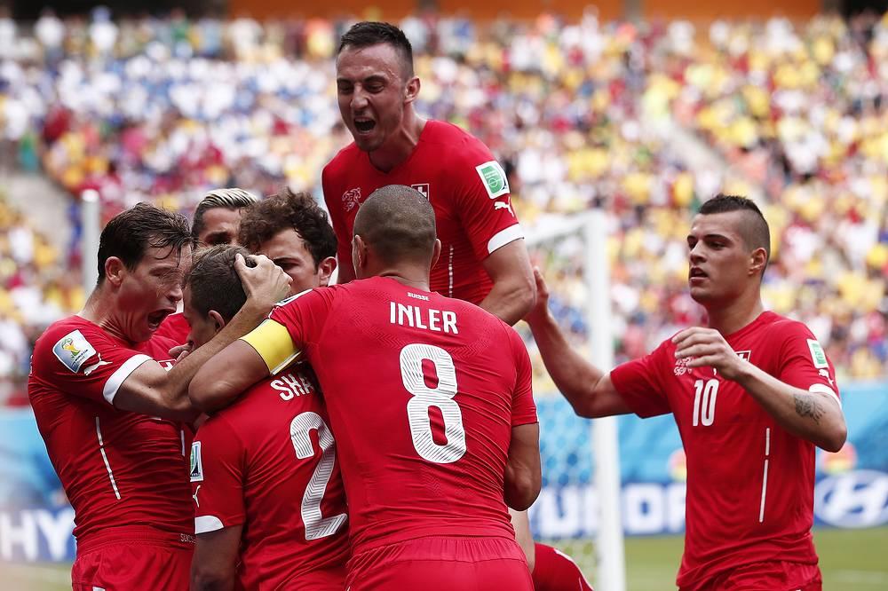 Ликование игроков сборной Швейцарии