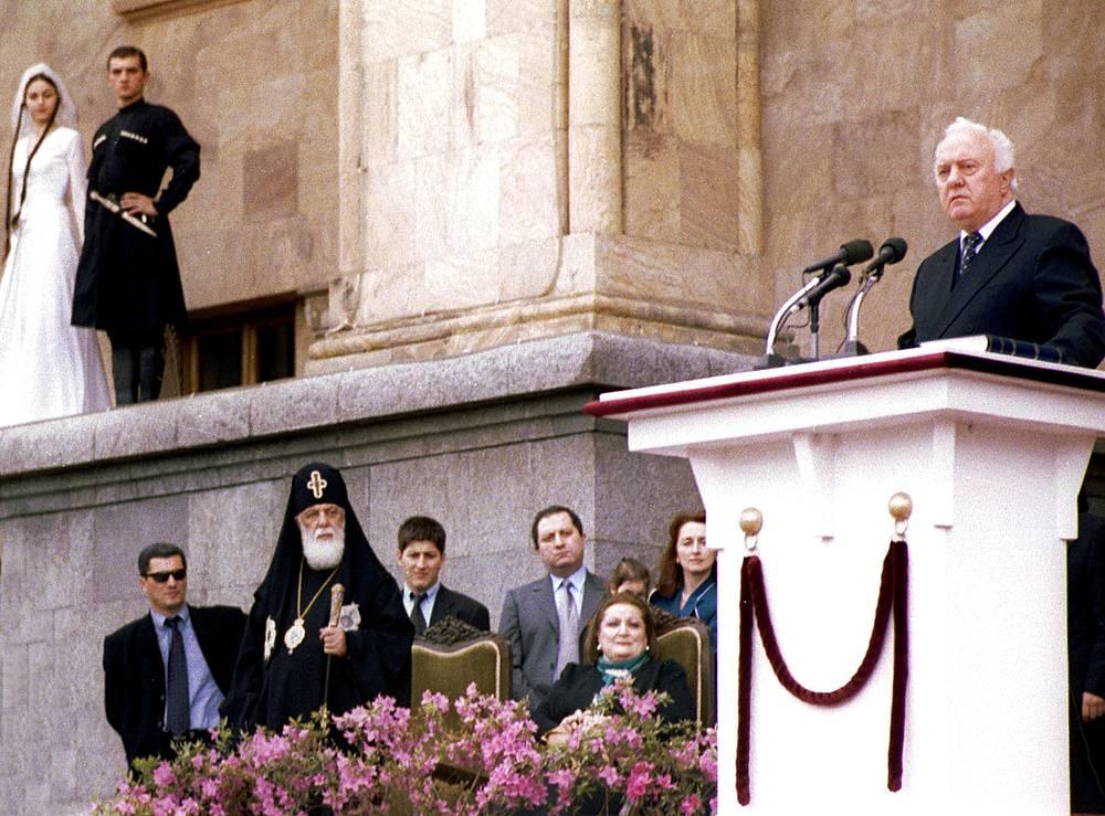 Церемония инаугурации Эдуарда Шеварднадзе в качестве президента Грузии, 2000 год
