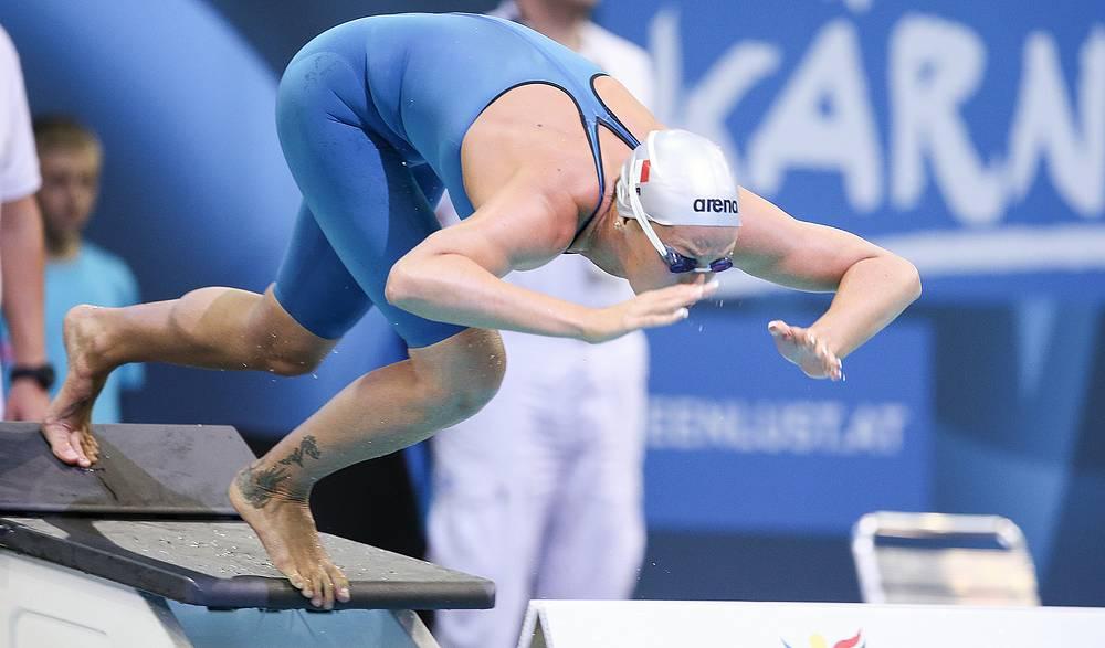 Итальянка Федерика Пеллегрини во время заплыва на 200 метров вольным стилем