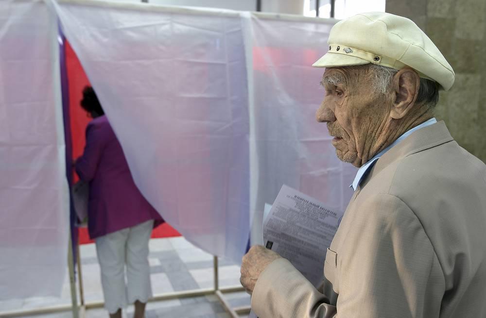 На избирательном участке в Симферополе