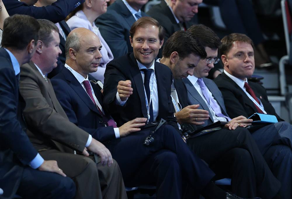 Программа государственной поддержки льготного автокредитования принесла бюджету порядка 8 млрд руб., сообщил министр промышленности и торговли Денис Мантуров