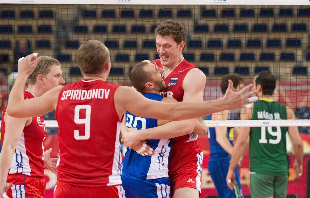 Во встрече со сборной Бразилии у российских волейболистов было мало поводов для радости