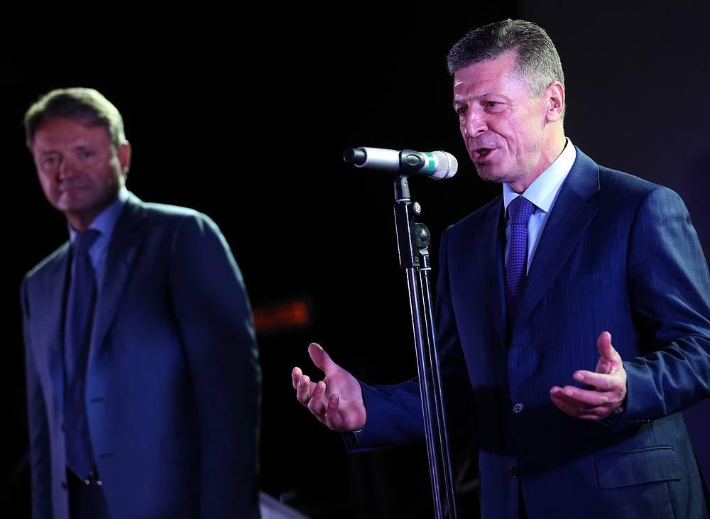 Вице-премьер Дмитрий Козак сообщил, что в ближайшее время не стоит ожидать отмены или смягчения западных санкций