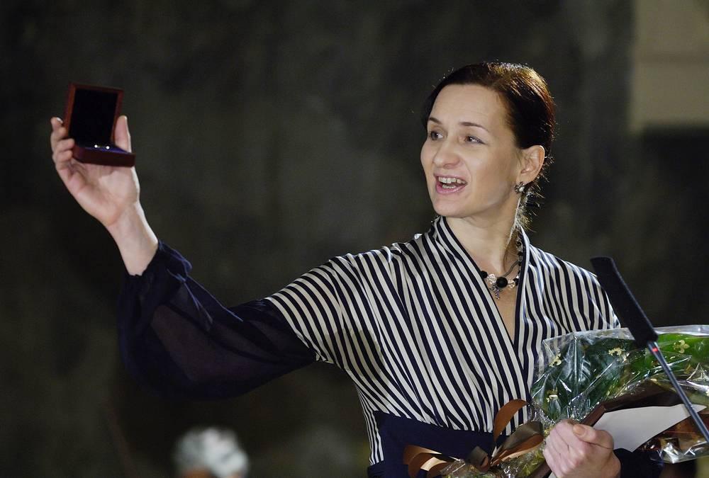 Внучка Дмитрия Лихачёва Зинаида Курбатова, 2006 год
