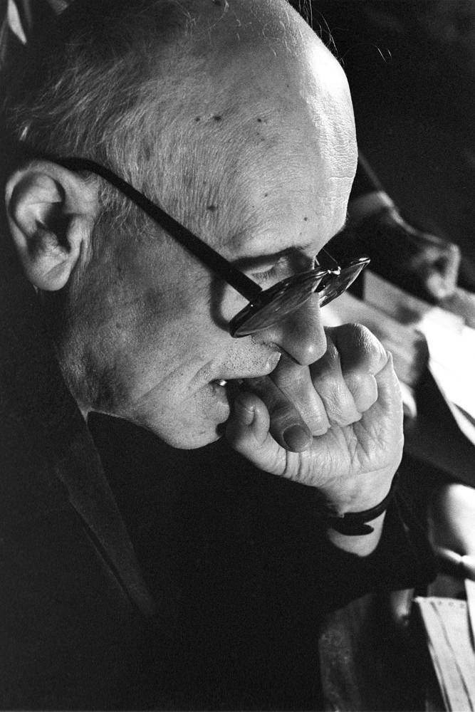 Андрей Сахаров (1975) - за борьбу со злоупотреблением властью и любыми формами подавления человеческого достоинства