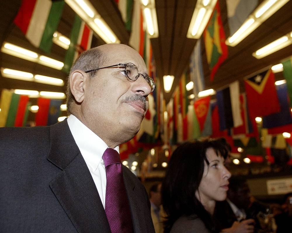 МАГАТЭ и ее генеральный директор аль-Барадеи (2005) - за усилия по предотвращению использования атомной энергии в военных целях и по обеспечению ее применения в мирных целях в максимально безопасных условиях