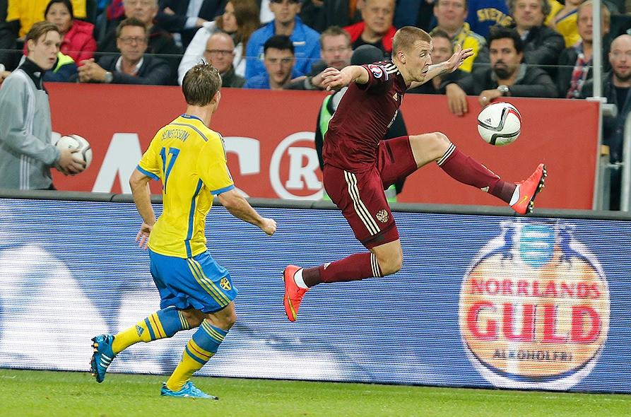 Для полузащитника Макисма Григорьева игра против шведов стала первой официальной в составе сборной России