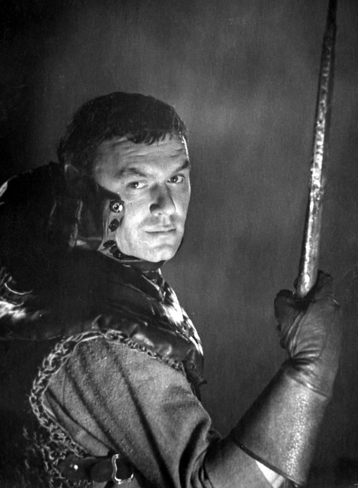 """В роли Дугласа в спектакле """"Король Генрих IV"""",1969 год"""