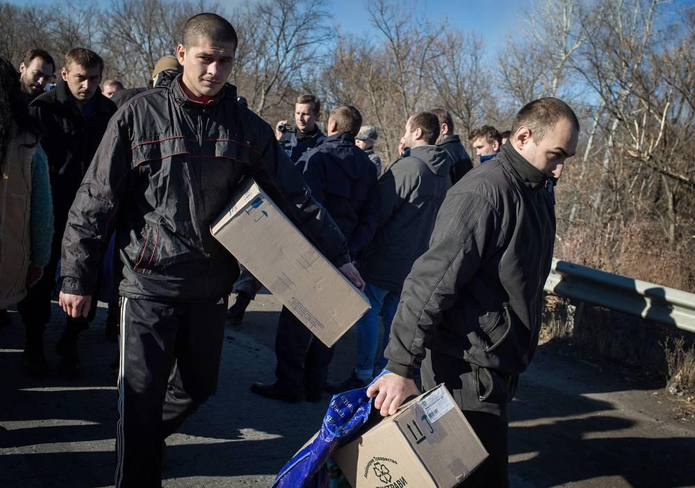 Ранее в Донецкой народной республике обмен пленными проводился пять раз: 37 на 37, 70 на 70, 38 на 38, 28 на 28, 30 (силовиков) на 60 (ополченцев)
