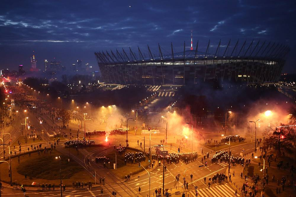 Марш Независимости в Варшаве закончился беспорядками, в ходе которых пострадали более 70 человек, 12 ноября