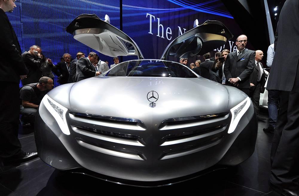 Концепт-кар Mercedes-Benz F125 с гибридным двигателем
