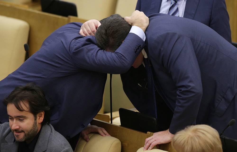 6 сентября. Депутаты на пленарном заседании Госдумы