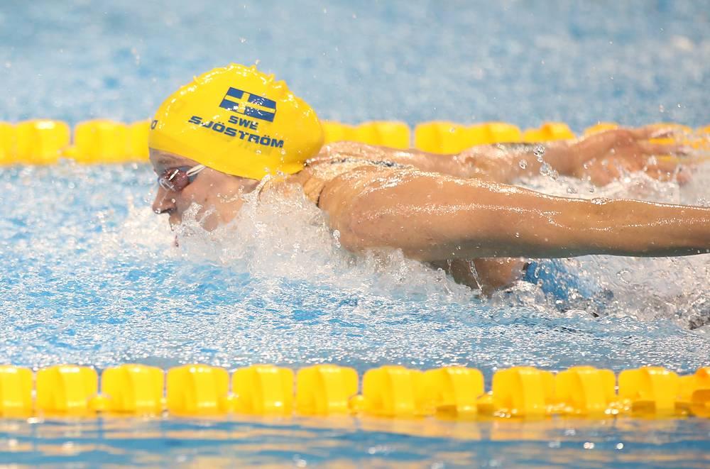 Шведка Сара Сьестрем завоевала золото с мировым рекордом на дистанции 200 м вольным стилем