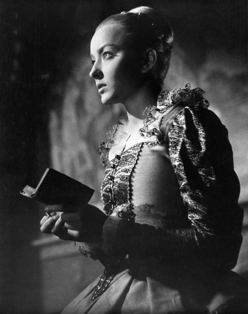 Анастасия Вертинская в роли Офелии, 1964 год