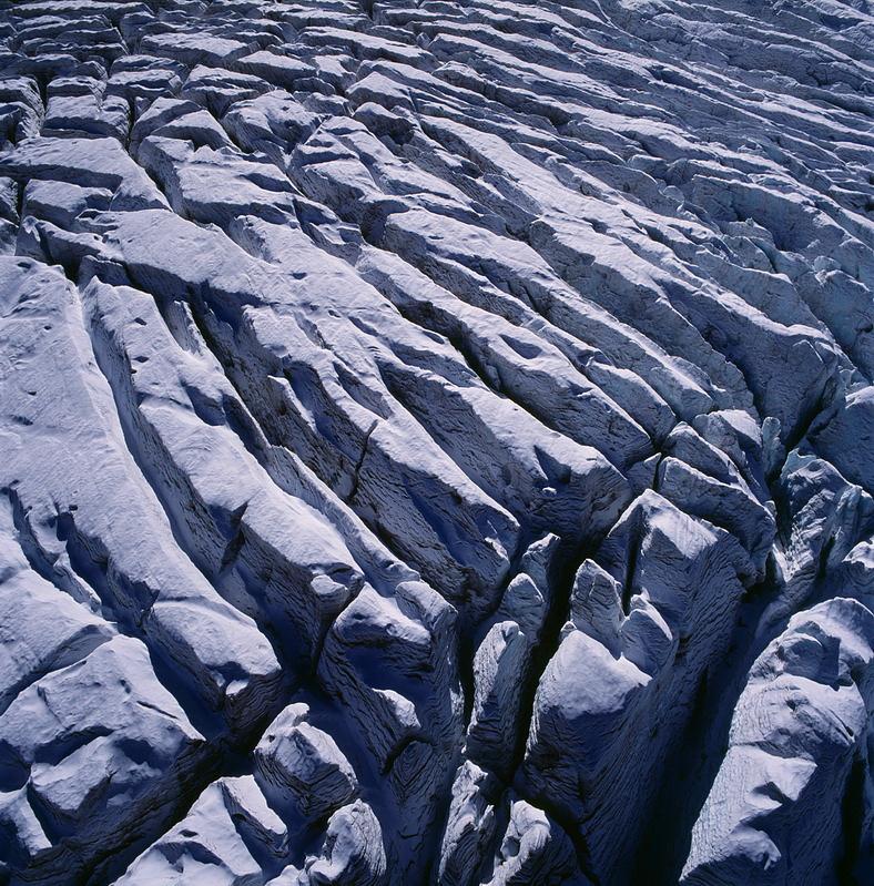 Кабардино-Балкария. Зона ледопада на леднике Уллу-Чиран. Кабардино-балкарский высокогорный заповедник.