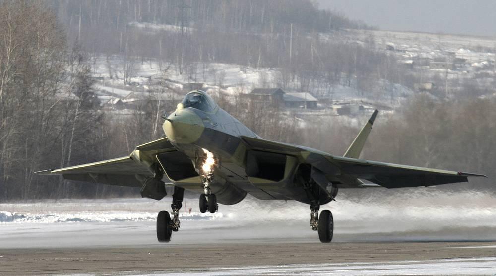 29 января 2010 года истребитель пятого поколения Т-50 совершил первый полет