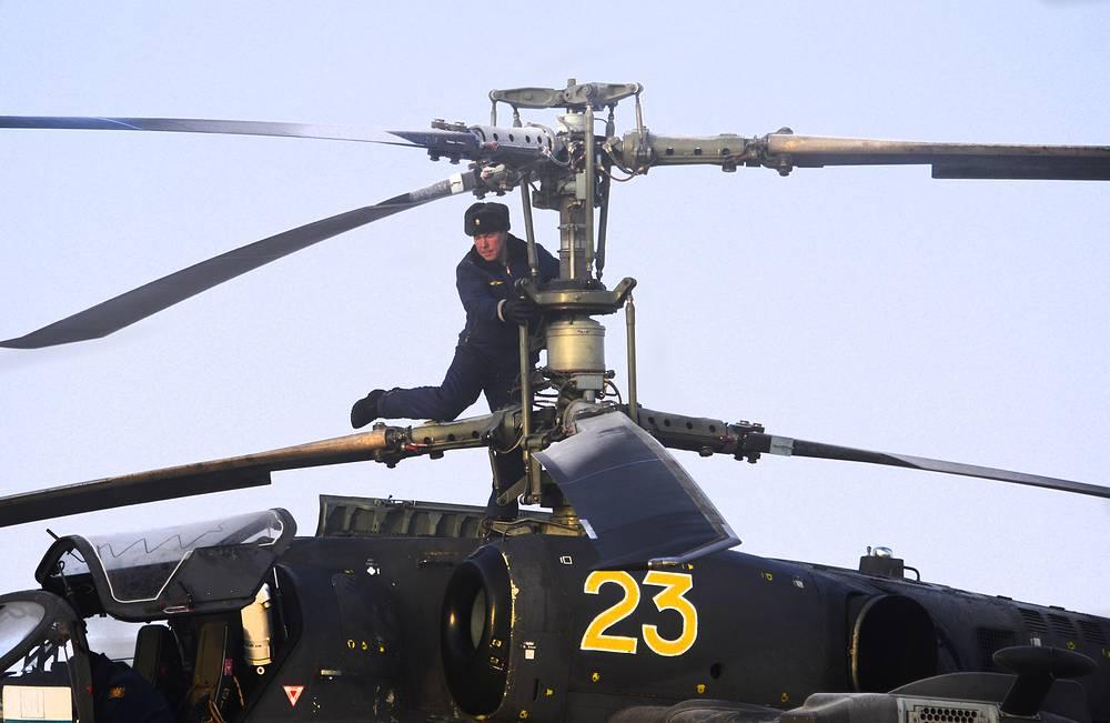 Подготовка вертолета Ка-52 к полету