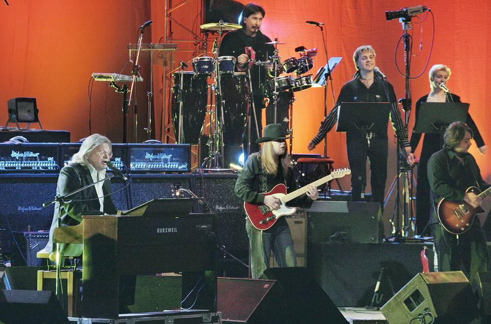 На концерте, посвященном 60-летнему юбилей артиста, в Государственном Кремлевском Дворце, 2005 год