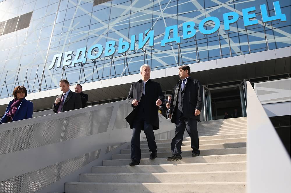 Помощник президента РФ Игорь Левитин и мэр Москвы Сергей Собянин (справа налево)