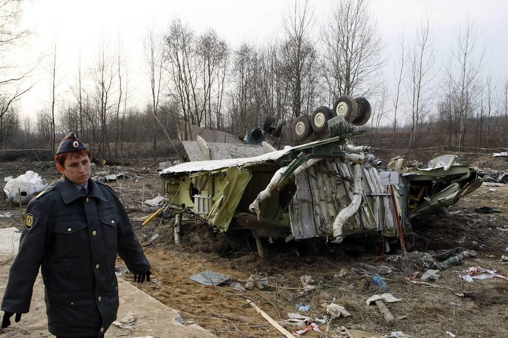 Уголовные дела по факту гибели авиалайнера завели Следственный комитет РФ и Главная военная прокуратура Польши
