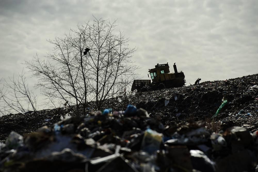 На полигоне утилизации твердых бытовых отходов в Свердловской области