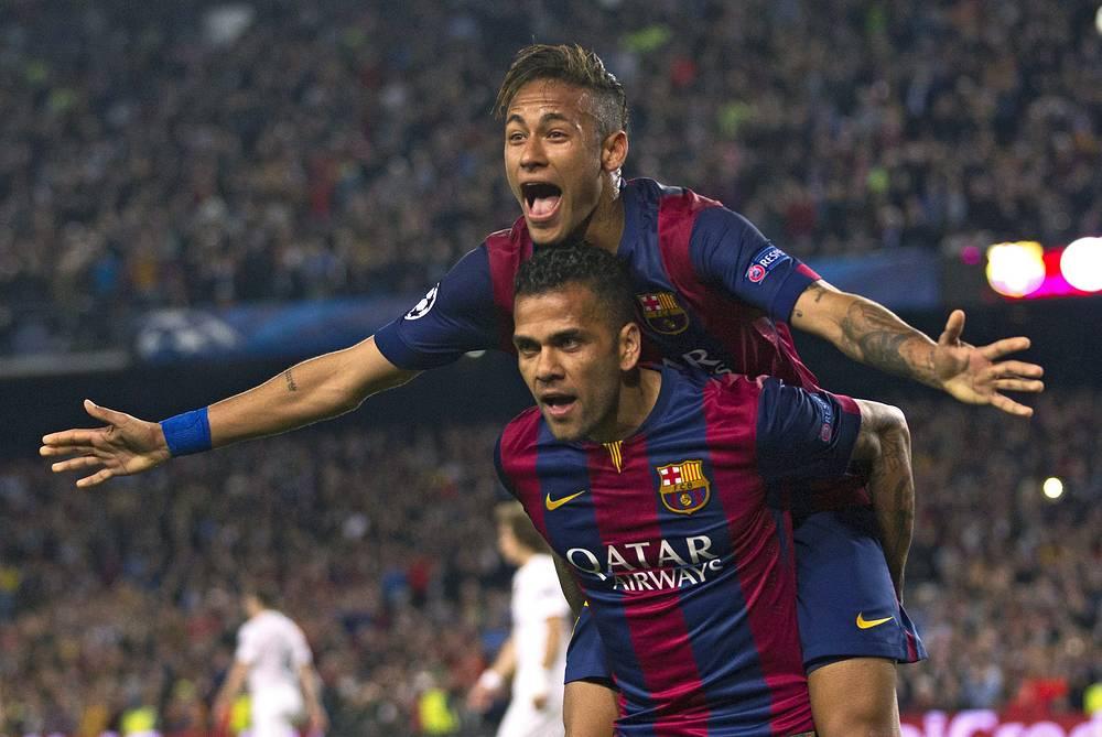 """Футболисты """"Барселоны"""" одержали вторую уверенную победу над ПСЖ и вышли в полуфинал Лиги чемпионов"""