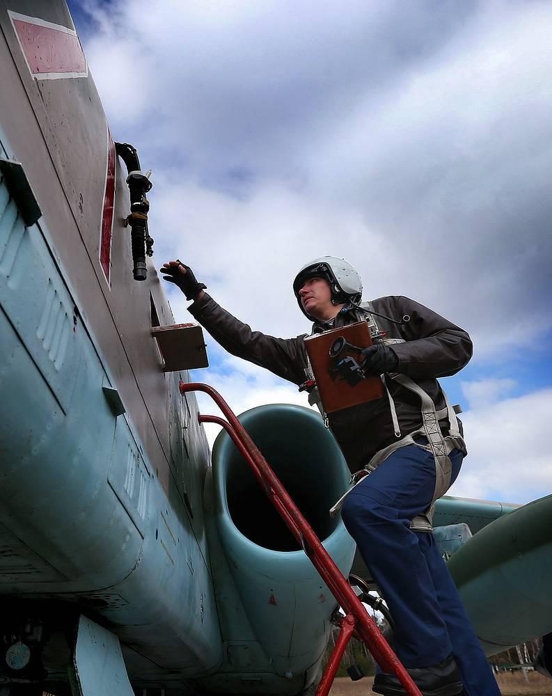 Пилот штурмовика Су-25